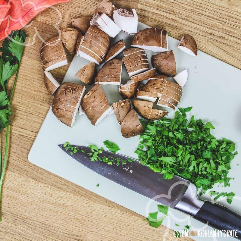 Low Carb Schinken-Champignon Omelette