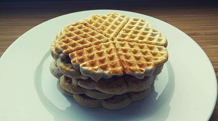 low carb schoko protein miniwaffeln low carb rezepte. Black Bedroom Furniture Sets. Home Design Ideas
