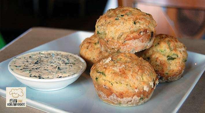 zum Rezept Leckere Low-Carb Zucchini-Muffins