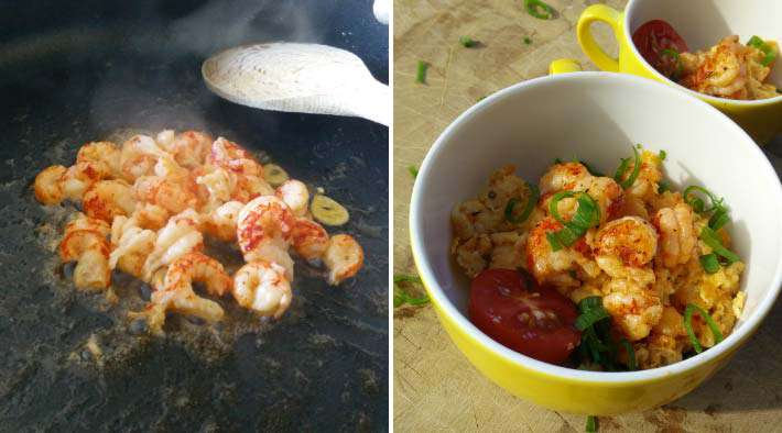Frühstücks-Ei mit Tomate und Krebsfleisch