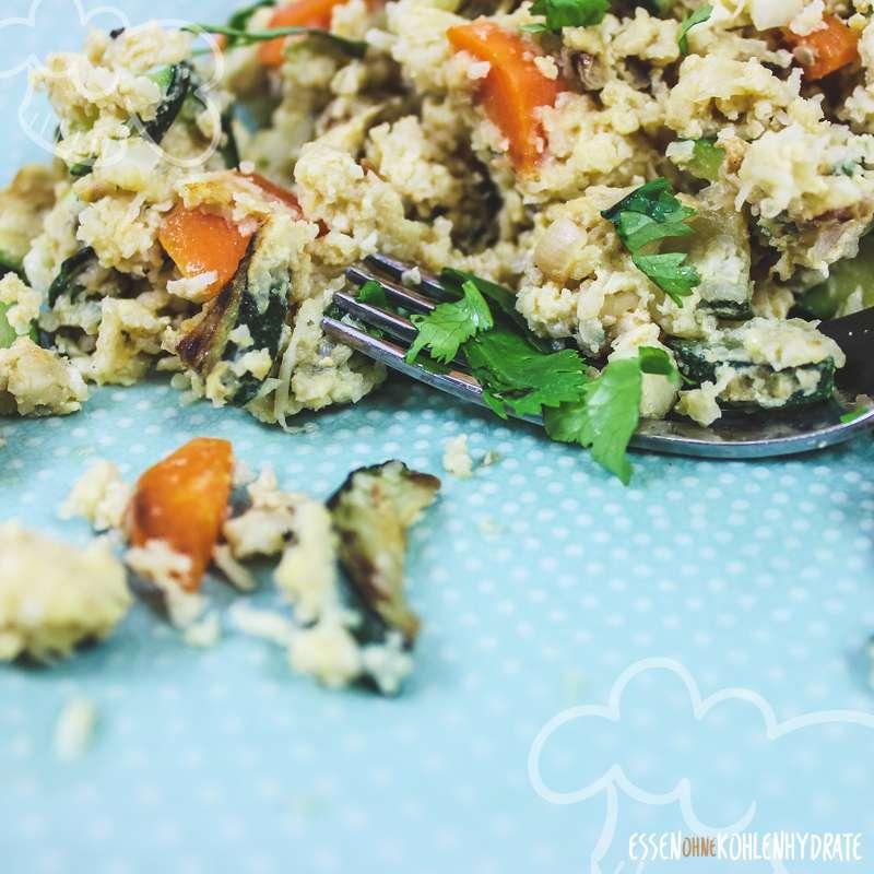Low-Carb Blumenkohl-Reis mit Gemüse