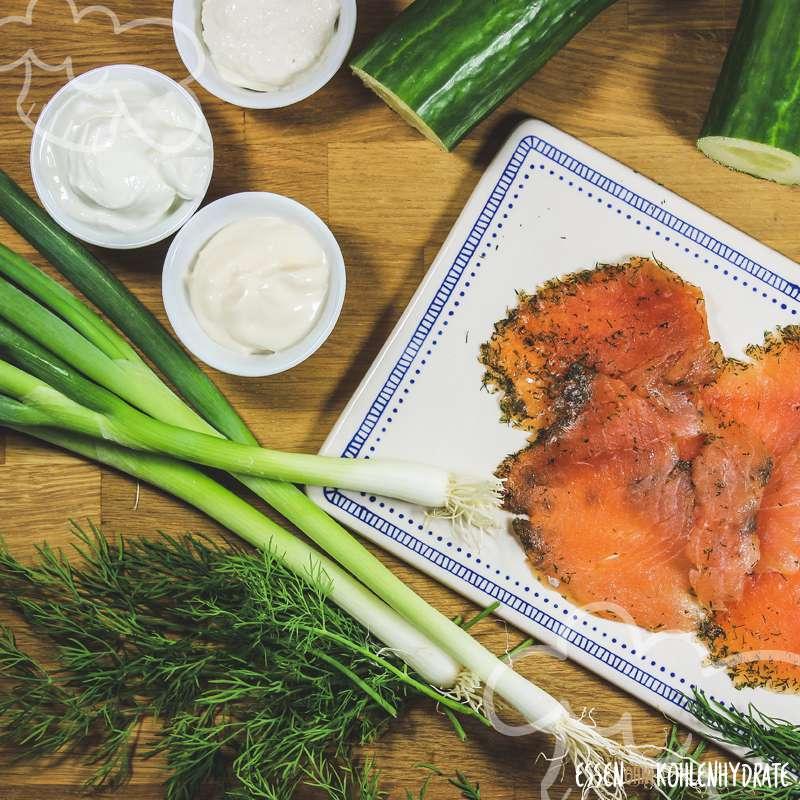 Gurkensalat mit Räucherlachs