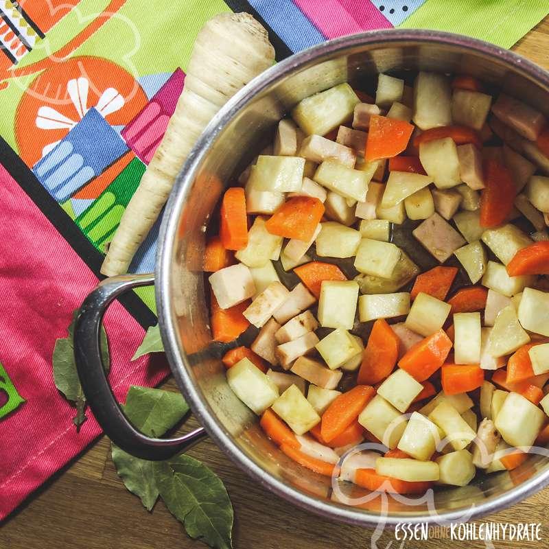 Einfache Gemüsesuppe
