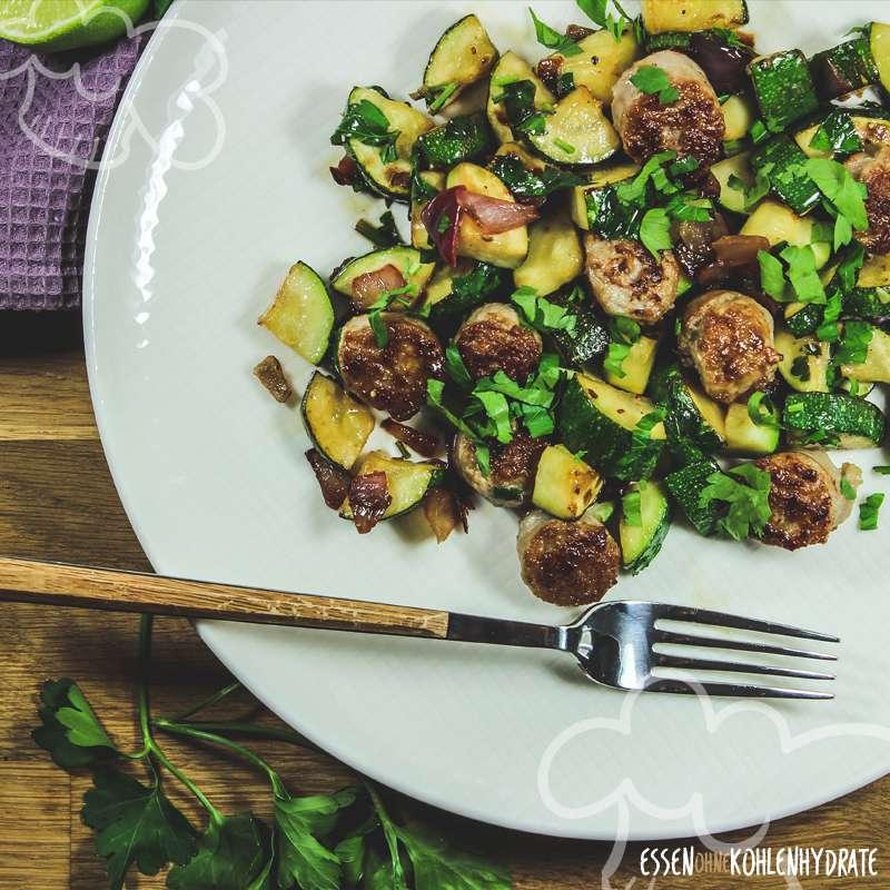 Zucchini-Pfanne mit Limette