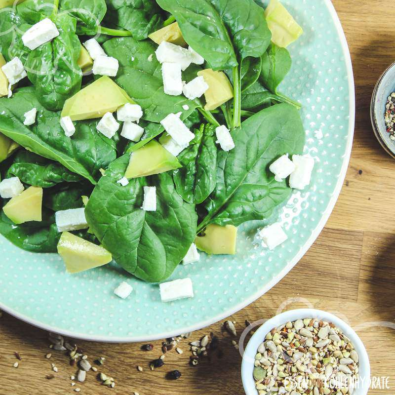 Spinatsalat mit Hähnchen