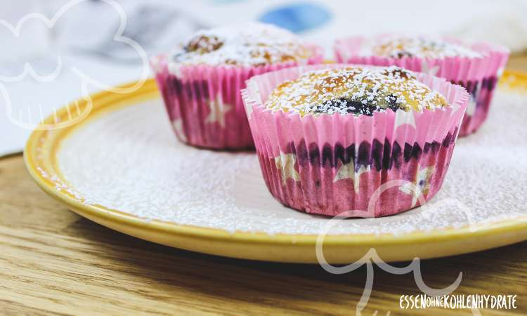 zum Rezept Mandel-Blaubeer-Muffins