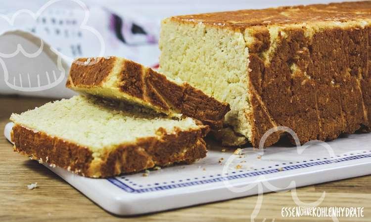 zum Rezept Kokos-Mandel-Brot