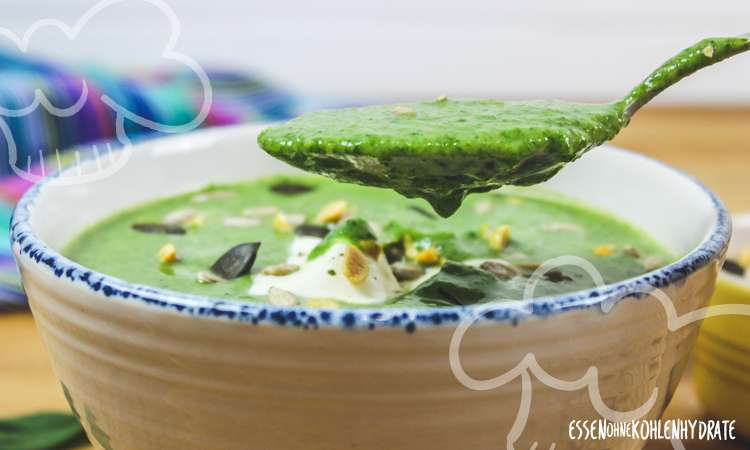 zum Rezept Spinat-Avocado-Suppe