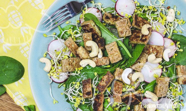 zum Rezept Spinatsalat mit knusprigem Tofu