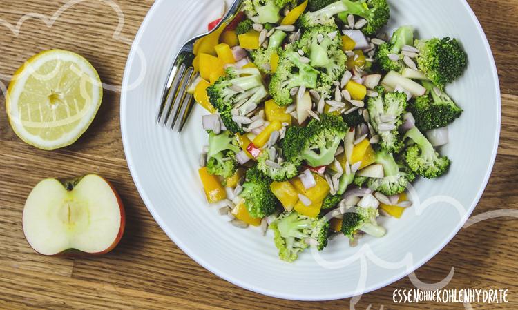 zum Rezept Schneller Brokkoli-Paprika Salat