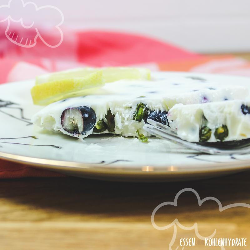 Frozen Joghurt mit Blaubeeren