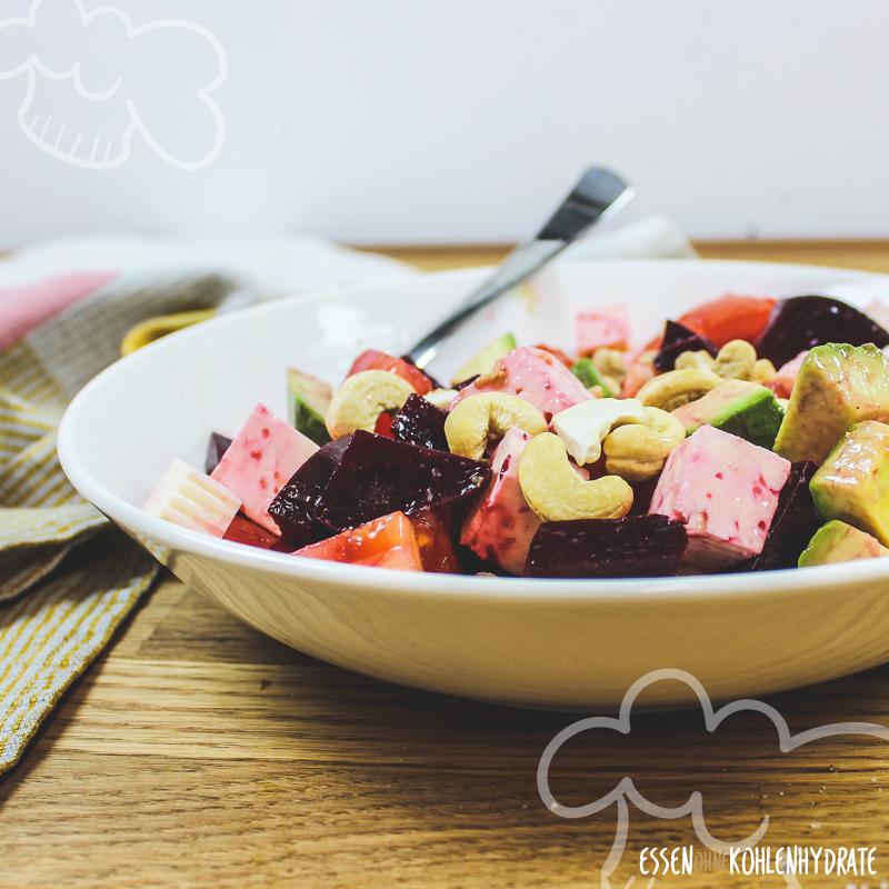 Rote Beete Avocado Salat