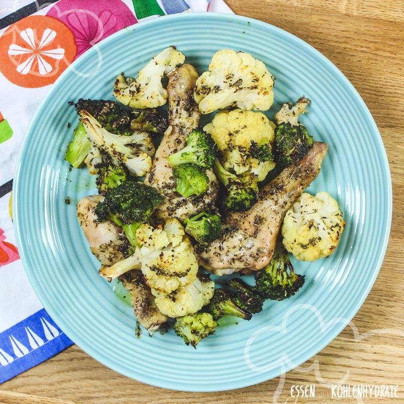 Hähnchenschenkel mit Brokkoli