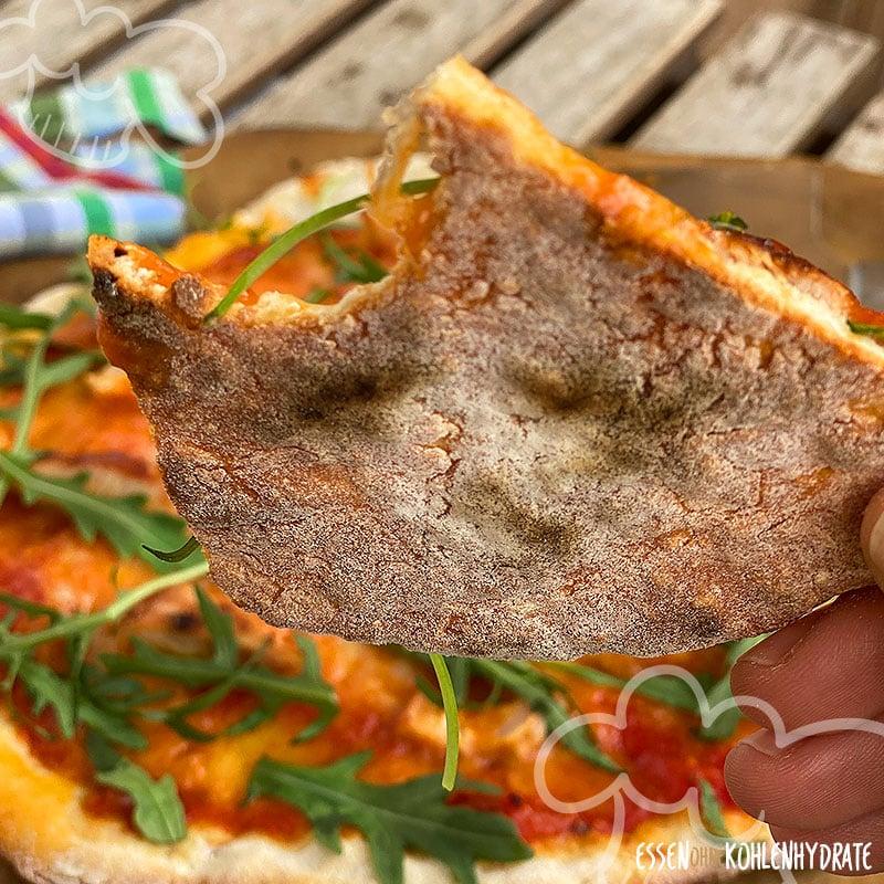 pizza knusprig