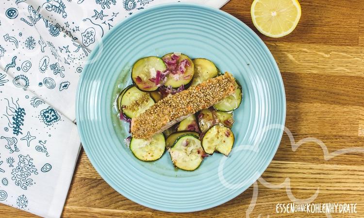Sesamlachs mit Zucchini
