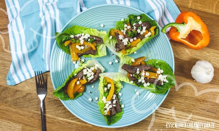 Salatwraps mit Steakstreifen