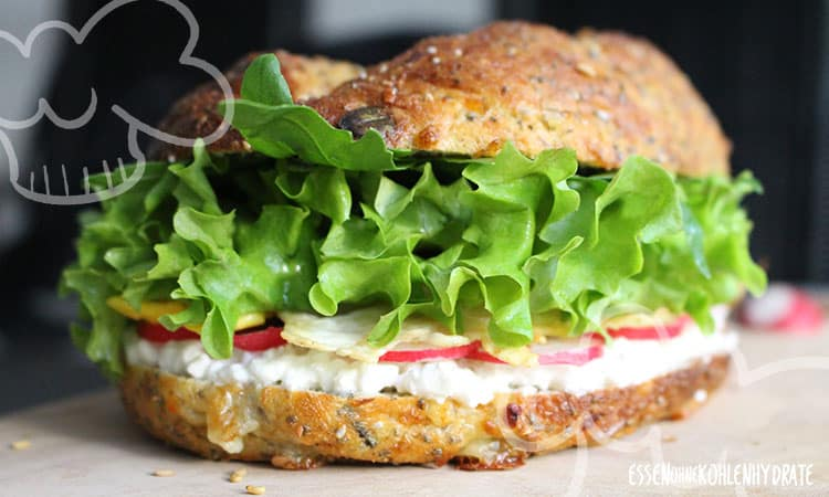 Low-Carb Chia-Cheese Sandwich